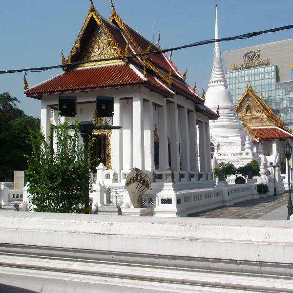 ワットパトゥム・ワナラーム寺院